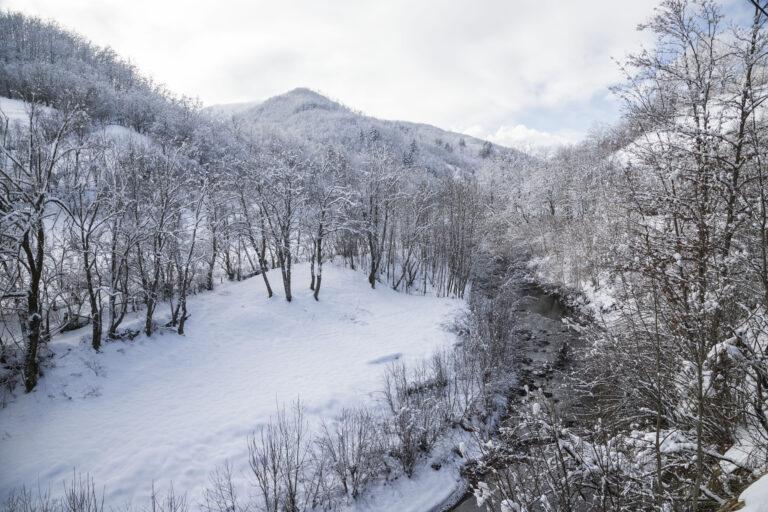 La magia della Val d'Aveto in inverno